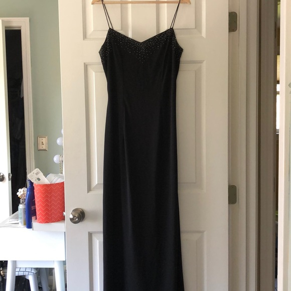 Dave & Johnny Dresses & Skirts - Black sequin evening gown